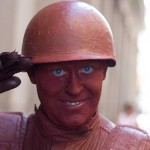 Clay soldier in Plaza Mayor